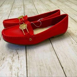 NWOT ANNIE KLEIN IFLEX WOMENS RED LOAFERS